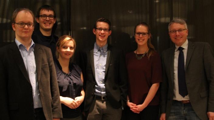 Der frisch gewählte JU-Vorstand zusammen mit CDU-Chef Arne Rüstemeier